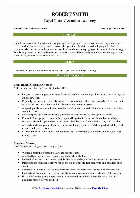 Legal Intern/Associate Attorney Resume Example