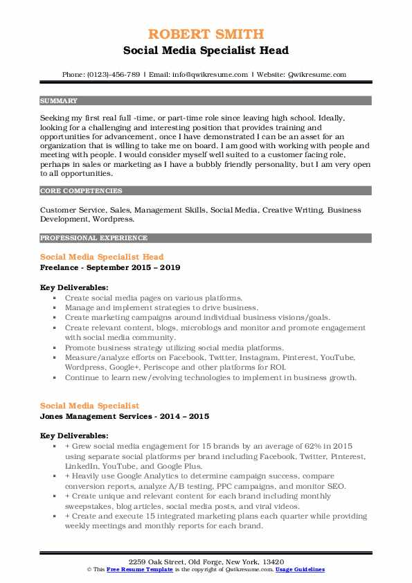 Social Media Specialist Head Resume Template