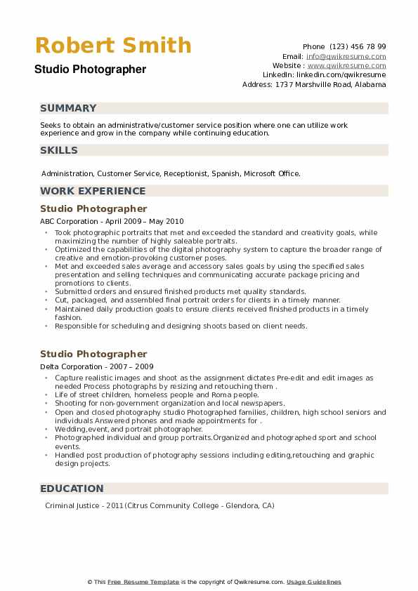Studio Photographer Resume example